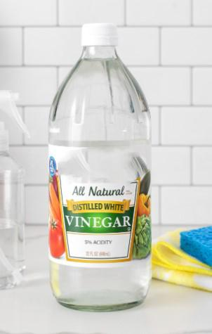 clean with vinegar